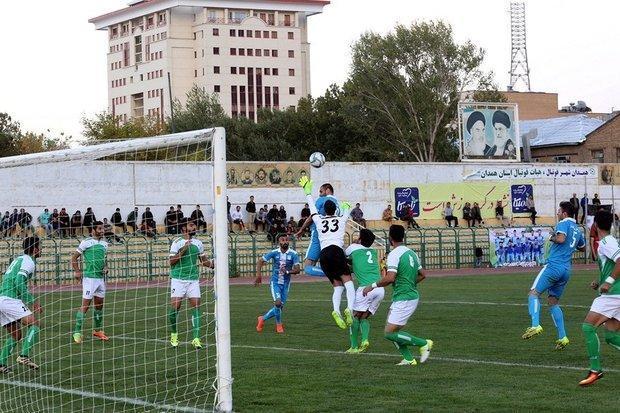 نمایندگان فوتبال همدان به دنبال کسب پیروزی، طرفداران حمایت نمایند